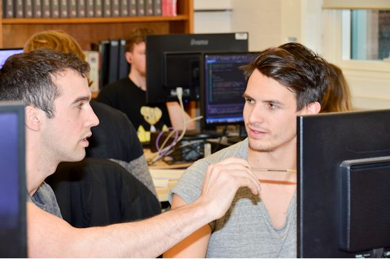Physics students in computer lab